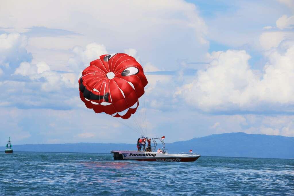拖曳傘高空飛行體驗